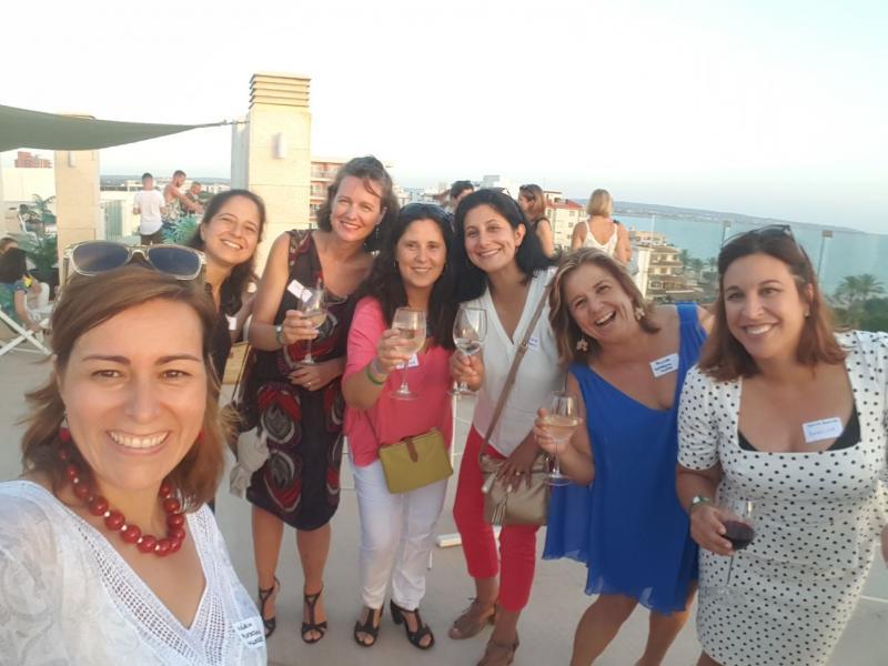 Finger food & fun para mujeres profesionales